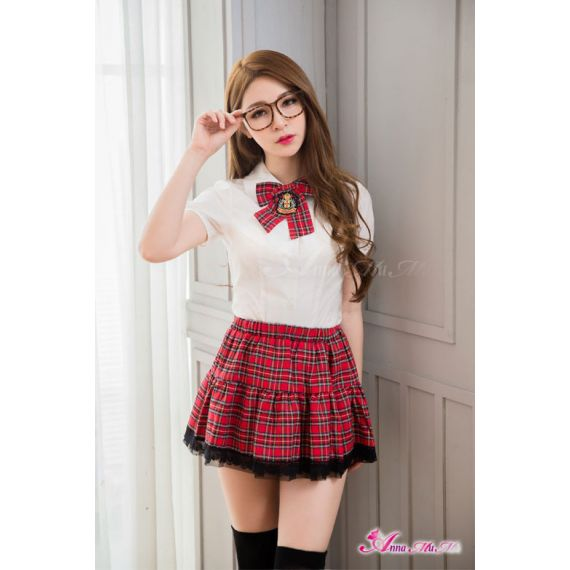 Anna Mu's - University School uniform